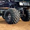Escalade Monster truck 2010